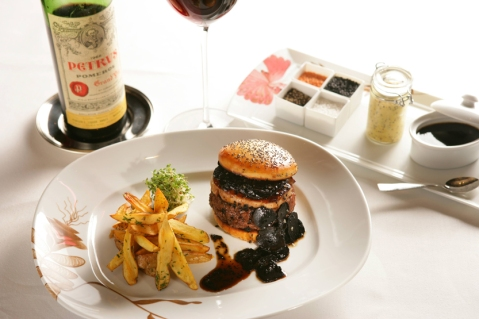 Fleur-Burger-Hubert-Keller2